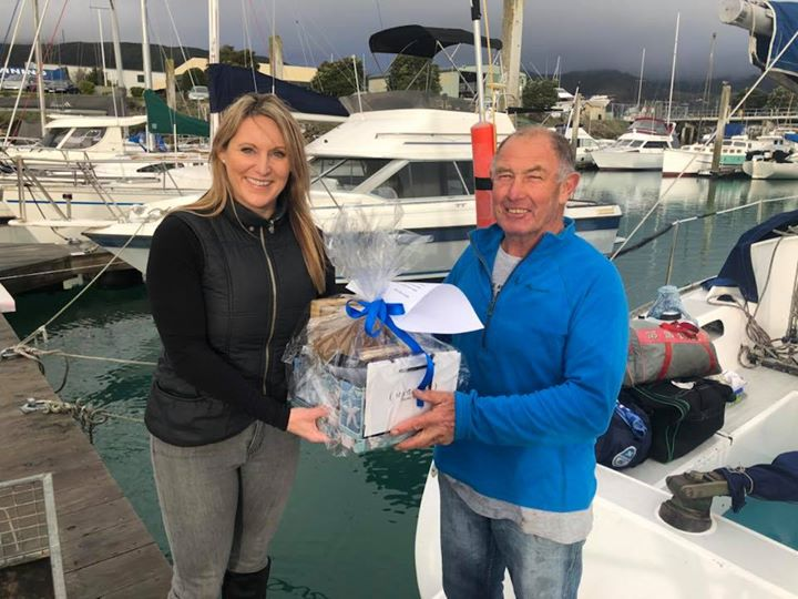 The Matthews Maui Jim fundraiser for the AED has been delivered to the happy winner/sailor, right on the dock. Well done Mike Rose and again ; Thank you to everyone who supported this cause . It was wonderful to see the club come together and we will have our AED up very soon !